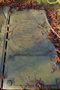 kerkhof graf 11 enne huizing